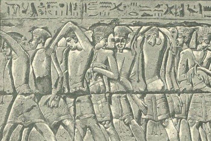 Филистимляне и израильтяне.