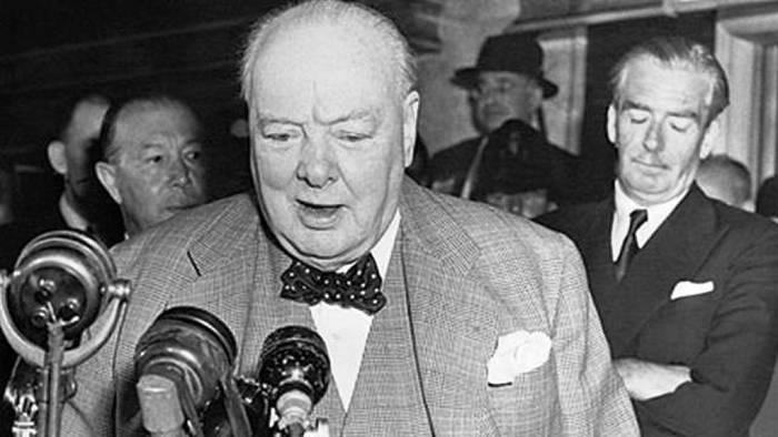Уинстон Черчилль - человек, который боялся насмешек..
