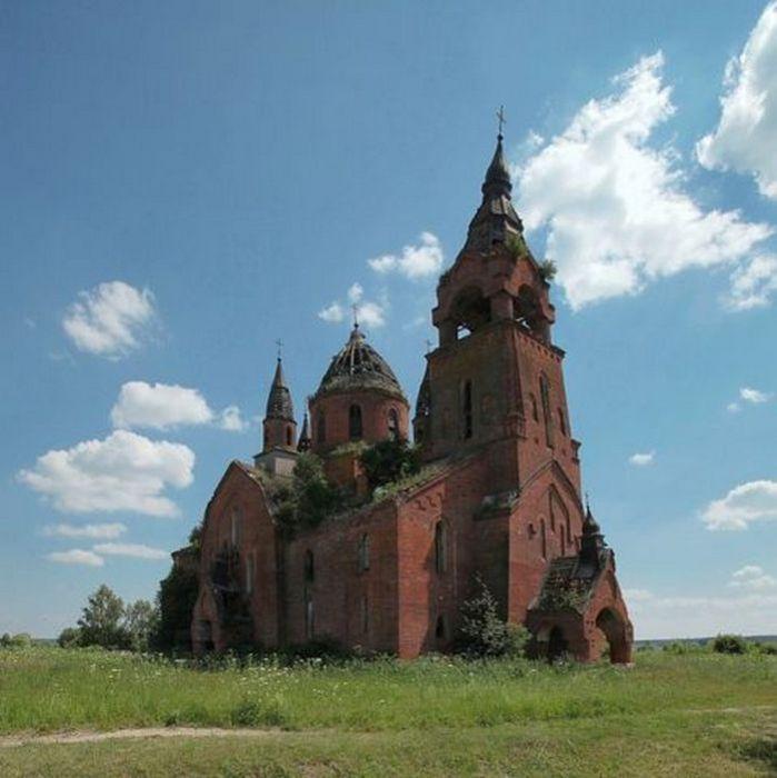 Введенская церковь в селе Пёт Пителинского района Рязанской области