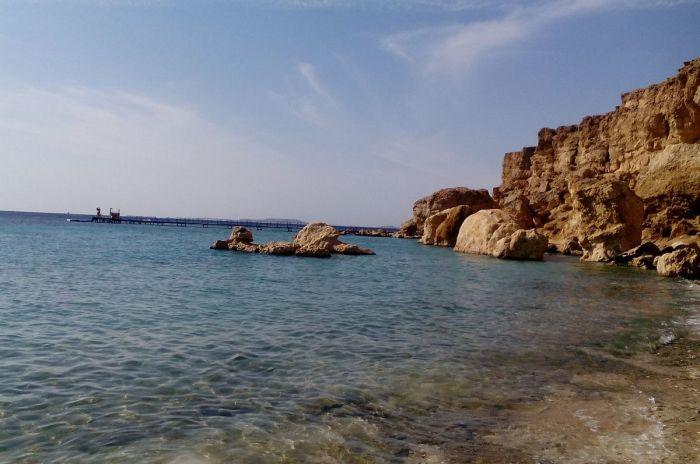 Наличие морских образований выше уровня моря.