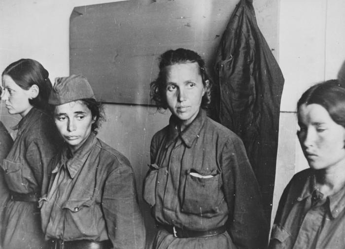 Советские женщины военопленные.