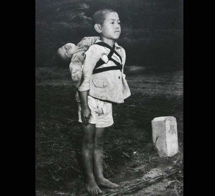 Братья в Нагасаки.