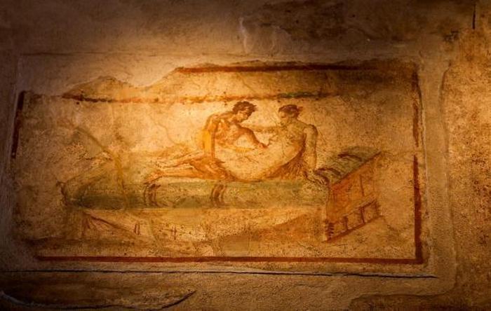 Эротические фрески из Помпей.