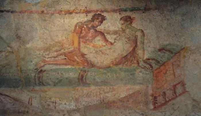 Лупанарии - одно из самых популярных заведений в Помпеях.