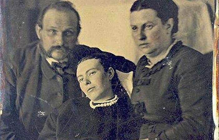 Посмертные фотографии викторианской эпохи.