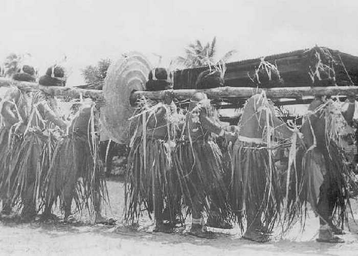 Вынос камней Раи при образовании Федеративных Штатов Микронезии.