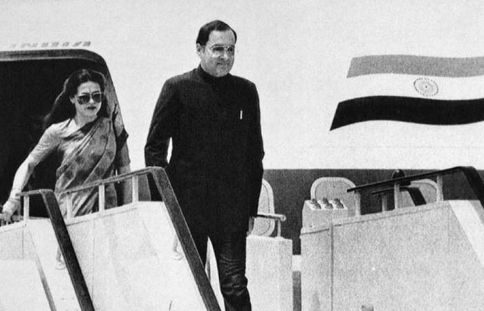Раджив и Соня Ганди на официальном визите. / Фото: becuo.com