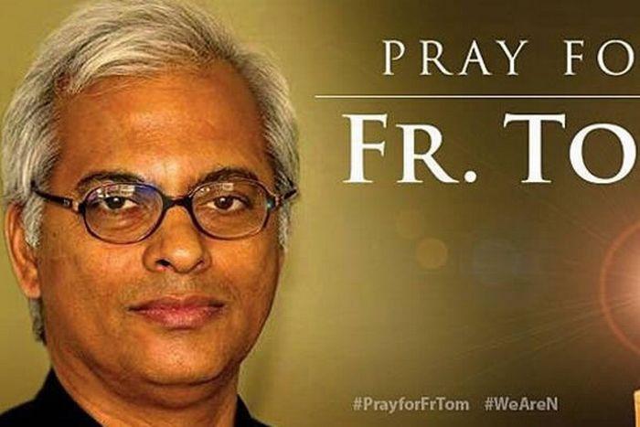 Отец Том Ужунналил - священник, похищенный игилом.