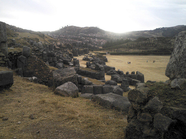 Часть стены Саксайуаман.