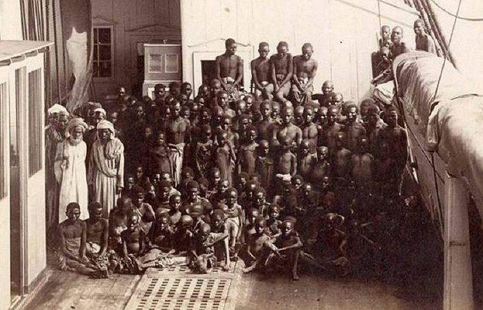 Африканских рабы - жертвы прогресса в судостроении.