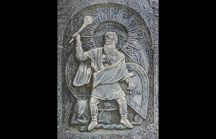 Бог грома Перун | Фото: listverse.com