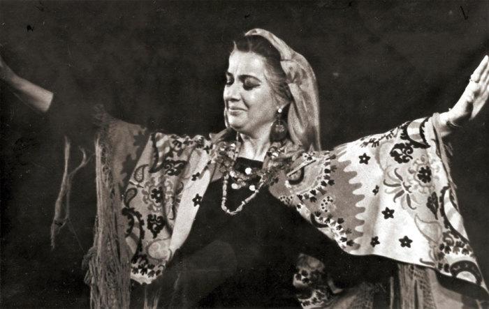 Тамилла Агамирова в роли Тунги «Горячая кровь». \ Фото: цыганероссии.рф