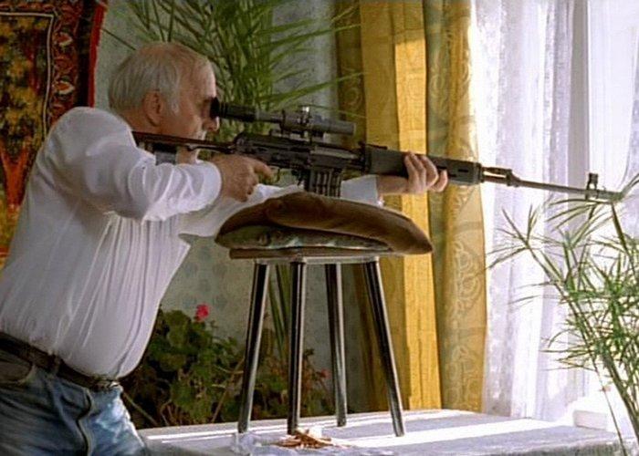 Кадр из фильма «Ворошиловский стрелок»./ Фото: top250.tv