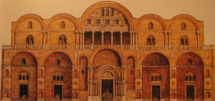 Оригинальный фасад базилики