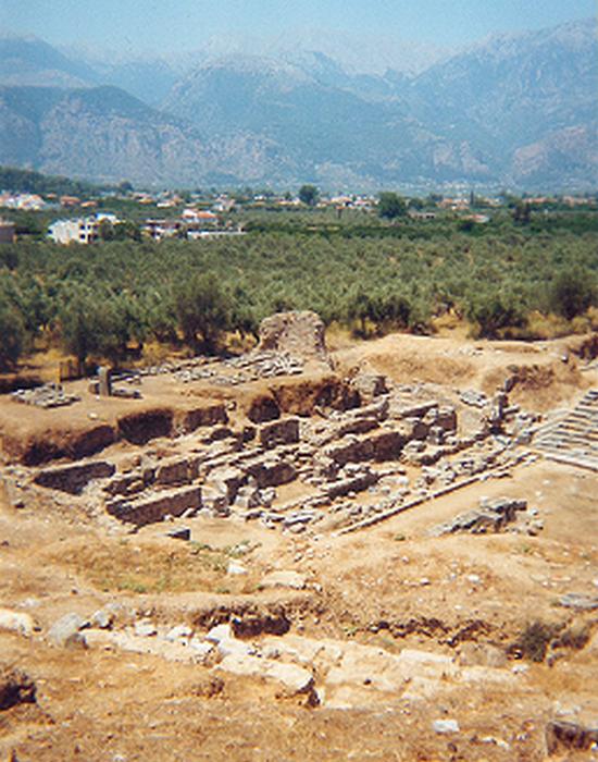 Древние руины на месте раскопок. / Фото: thevintagenews.com
