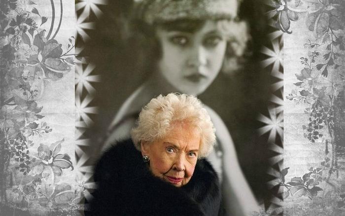 домашнее фото пожилой дамы