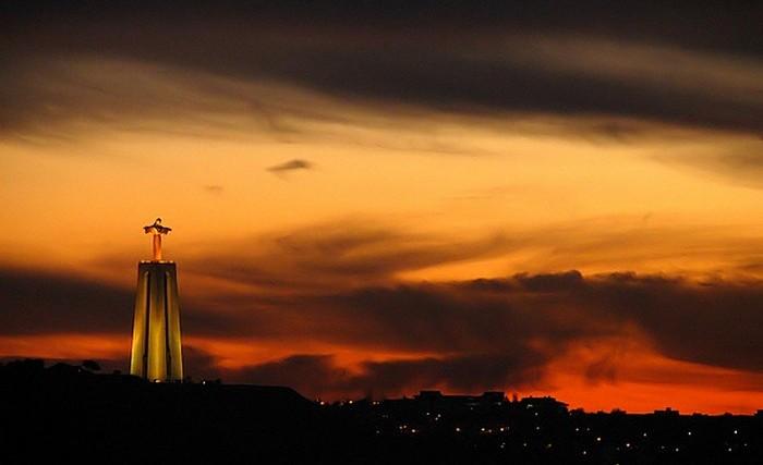 Самый высокий памятник Иисусу в мире.