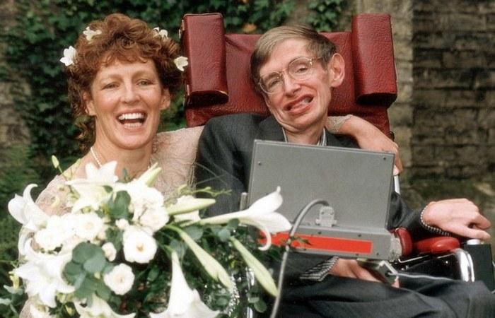 Элайн Джейн и Стивен Хокинг. / Фото: onedio.ru