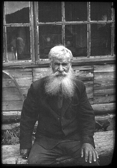 Евтихий, житель заимки у скита м. Манефы. 1970-е.