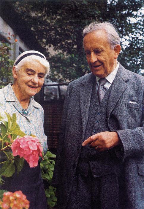 Джон Рональд Руэл Толкин и Эдит Мэри.