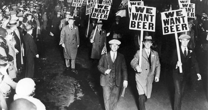 *Мы хотим пива!*