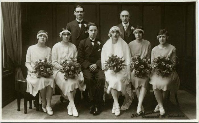 Групповой свадебный портрет 1920-х или 1930-х годов. Суиндон, Англия