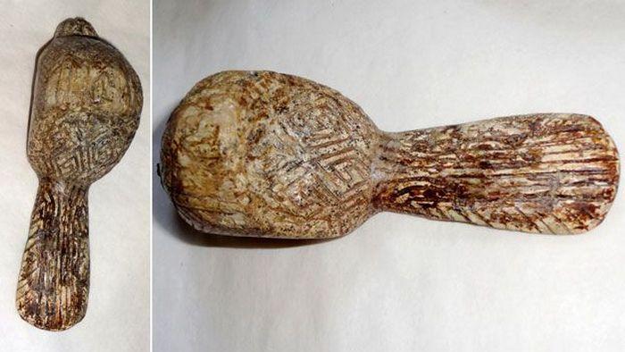 Древнейший орнамент, вырезанный 15 тысяч лет назад.
