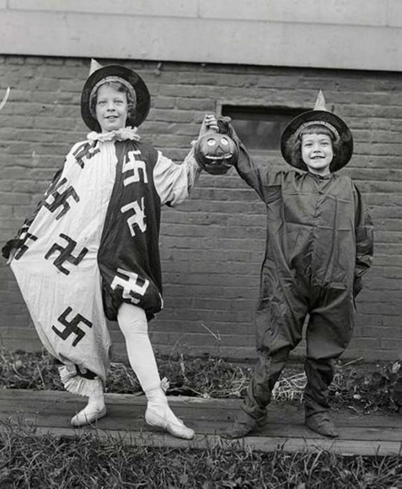 Детские костюмы к празднику Хеллоуин, 1918 год