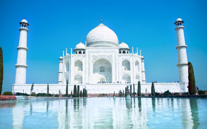 Тадж-Махал - мавзолей Мумтаз Махал, жены императора великой империи Моголов Шаха Джахана,