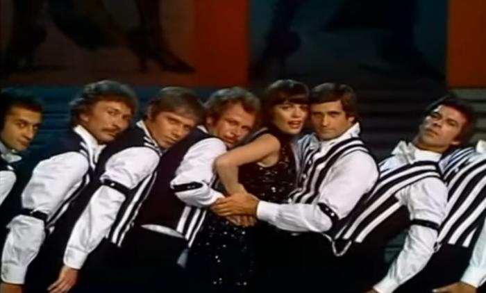 «Pariser Tango»: великолепный видеоклип Мирей Матье 1977 года.