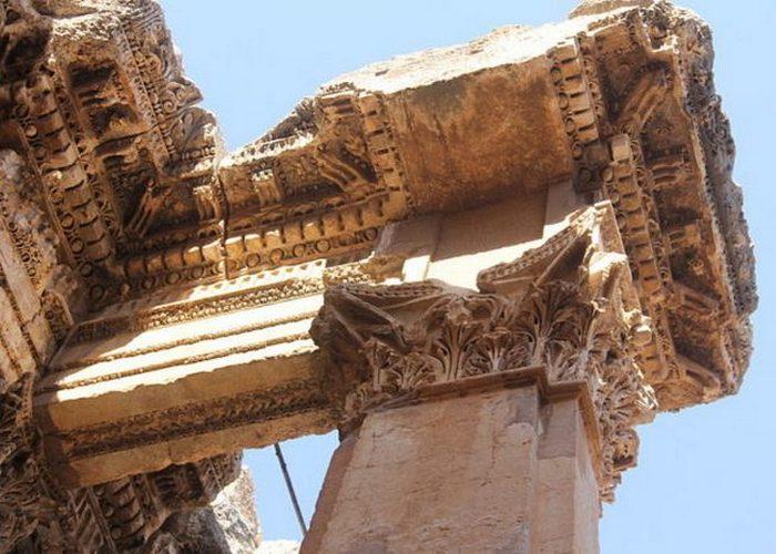 Храм, посвященный римскому богу вина Бахусу.