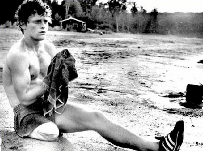 История Терри Фокса, который бежал без ноги 143 дня, чтобы помочь людям   Terry_fox_06