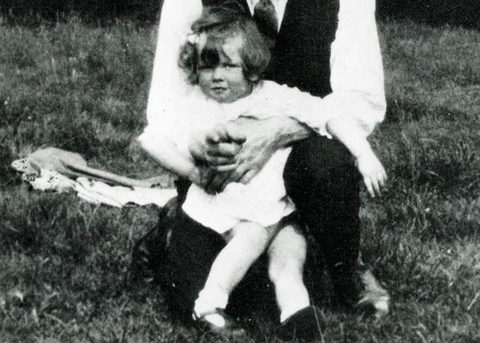 Маргарет Хильда Робертс в раннем детстве. / Фото: today.com