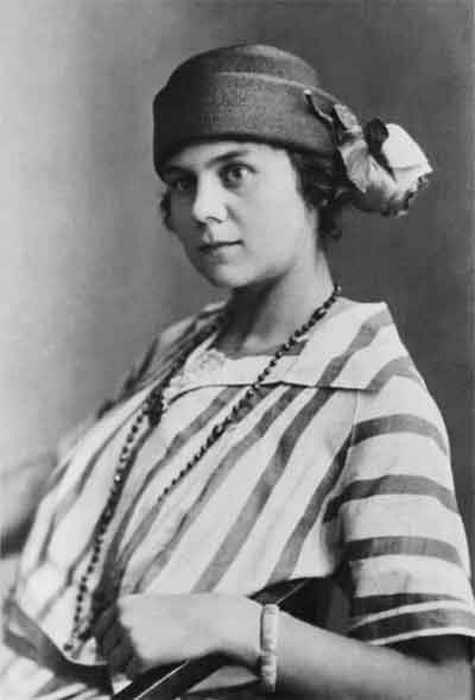 Софья Андреевна Толстая, внучка Льва Толстого.