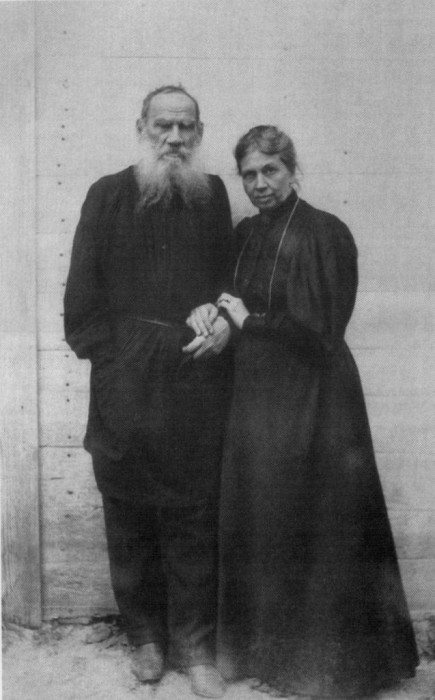 Лев Николаевич и Софья Андреевна. Ясная Поляна, 1895 г.