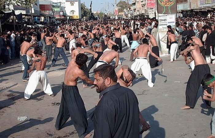 Странная традиция: траур Мухаррама.