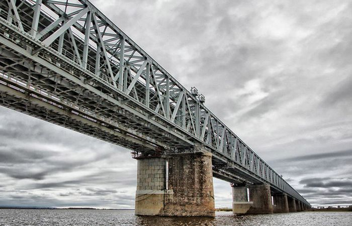 Транссиб. Мост над потоком. /фото:train.spottingworld.com