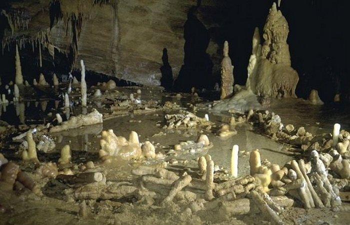Пещера Брюникель.