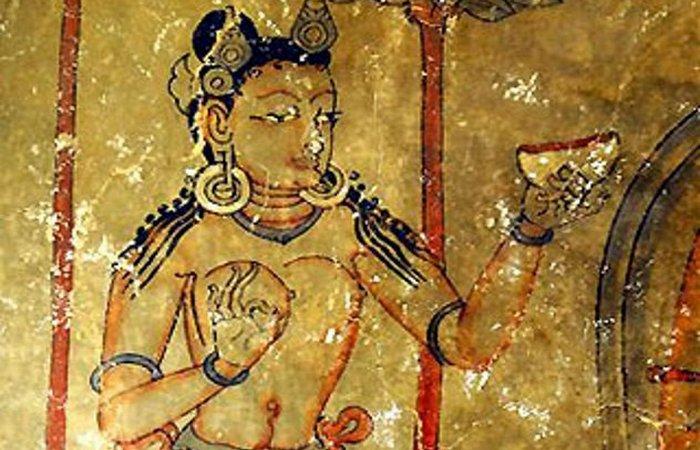 Пещера 55 фресок.