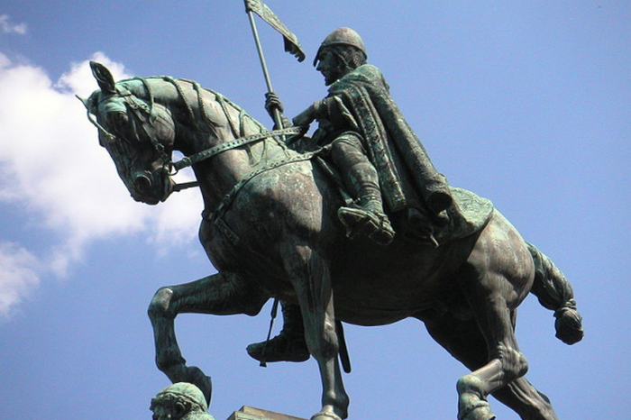 Вацлав правил Чехией в 10-м веке.