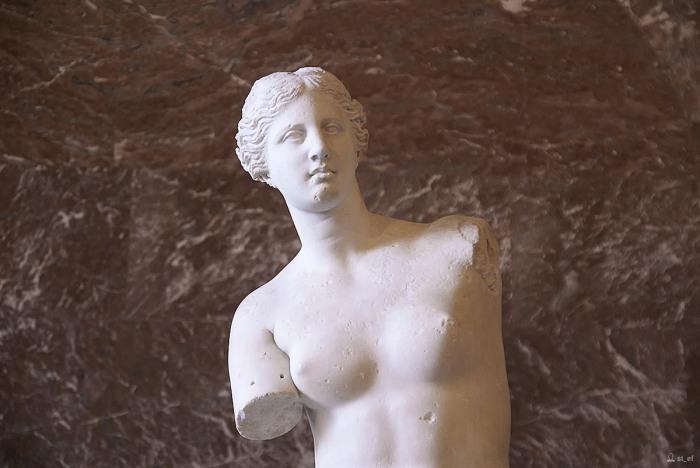 Венера Милосская. Лувр. Париж.
