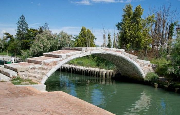 Венецианский Чертов мост.