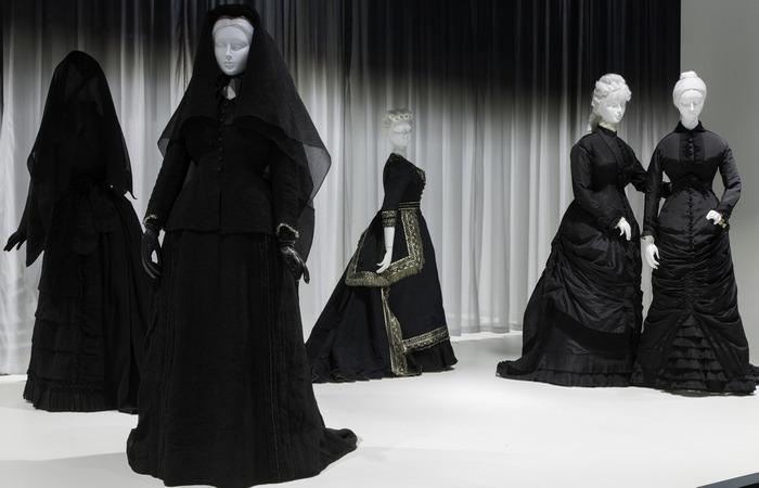 Одежды глубокого траура./фото: madewish.ru
