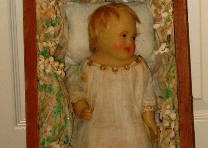 Траур в викторианскую эпоху: похоронные куклы.