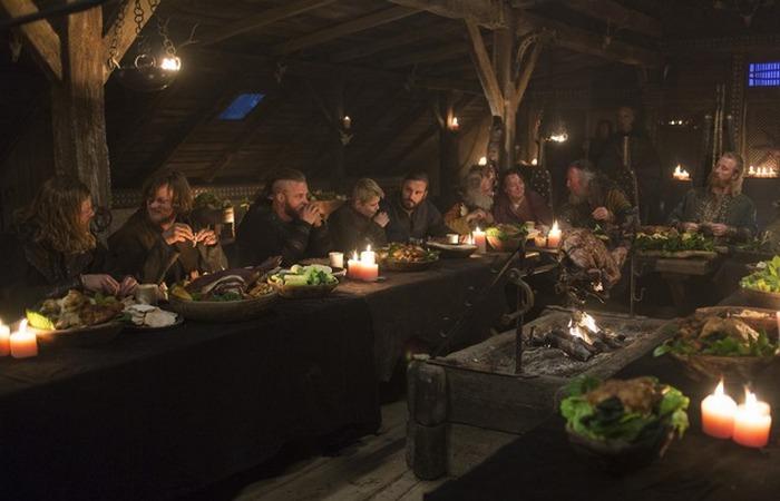 Реконструкция ужина викингов./фото: idezz.ru