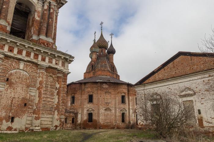 Церковный комплекс 16 века.