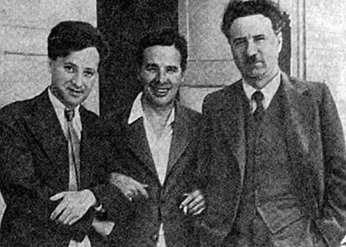 Владимир Нильсен, Чарльз Чаплин и Борис Шумяцкий./ Фото: loveread.me