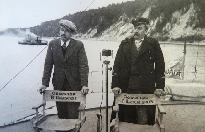 Владимир Нильсен и Григорий Александров на съемках фильма.