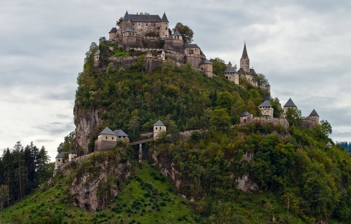 Замок Гохостервиц. Австрия.