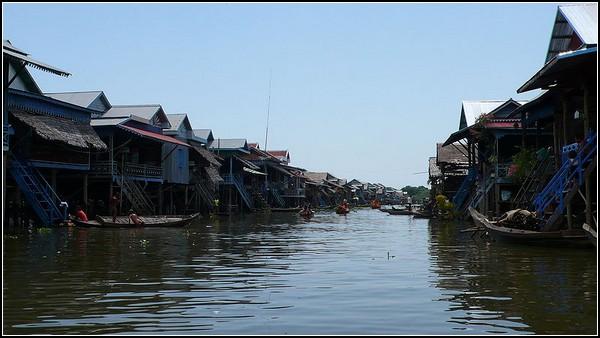 Главная улица плавучего города